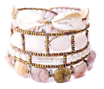 Italian bracelet by Ziio is high-fashion and handmade with baroque pink pearls and pink opals